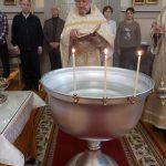 Лео Туутти освящает воду на Крещение. Куопио, Николаевский кафедральный собор
