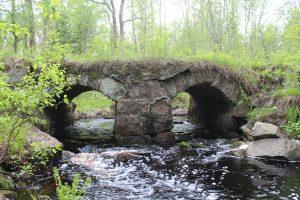 Финский мост на реке Семужья