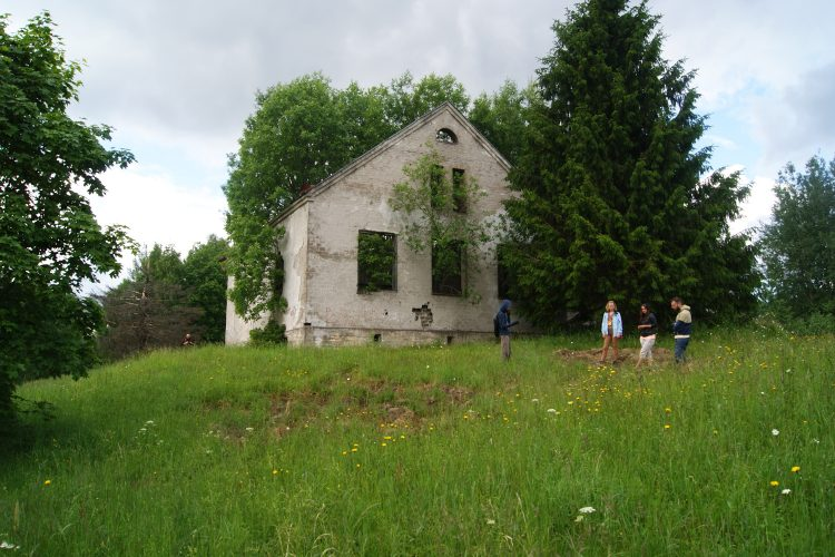 Руины финского здания, Sarkisyrja