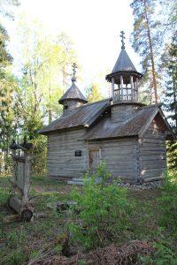 Часовня Георгия Победоносца в поселке Пертисельга, на озере Новинское
