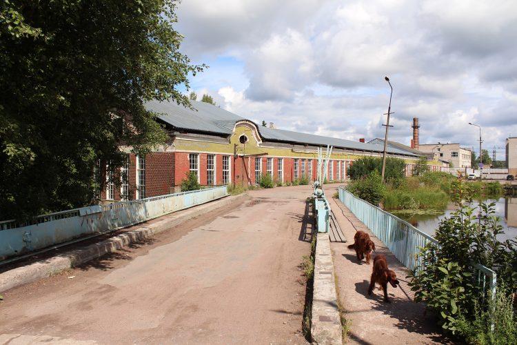 Плотина Метизного заводав Перово