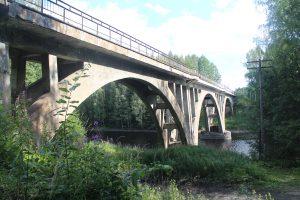 Хямекоски, Жд мост через реку Янисйоки