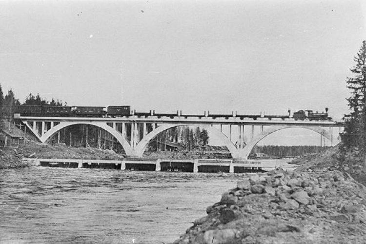 Мост через Янисйоки - 1920  год.