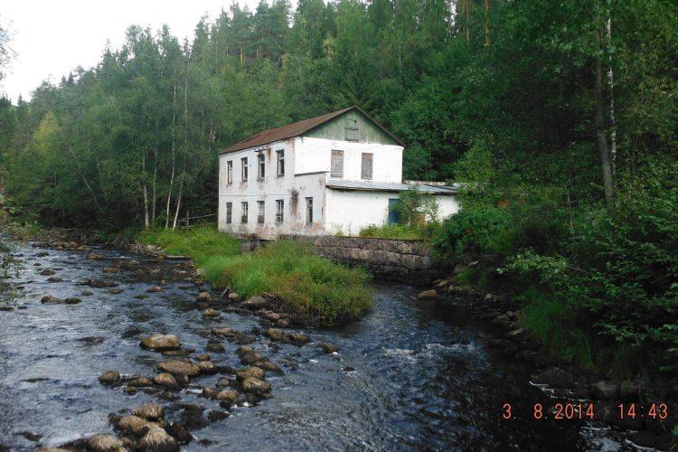 Руины ГЭС Сюскюя