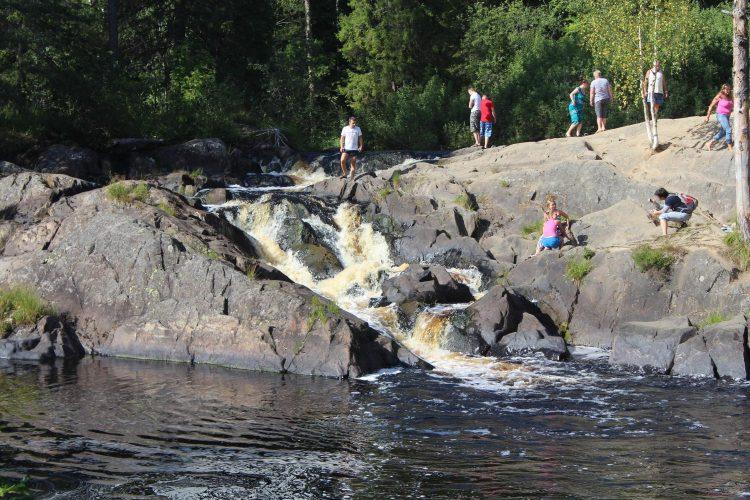 Водопад Ахинкоски
